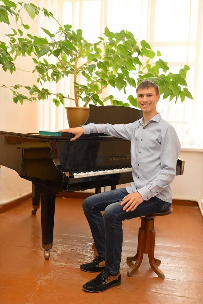 Вітаємо Ростислава Тихоліза з перемогою у фестивалі-конкурсі!